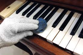 perawatan piano berkala