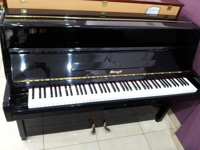 Piano Horugel