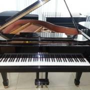 Piano Samick
