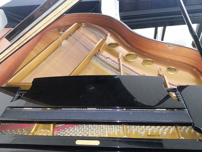 Piano Samick gambar 3