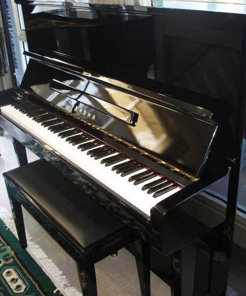 Yamaha U2 - Petrof Piano