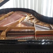 Piano yamaha C5 gambar 3