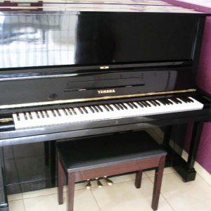 Yamaha U3