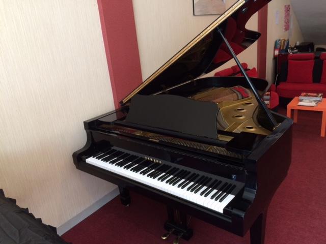 Piano Yamaha C7 (2) Semi Concert
